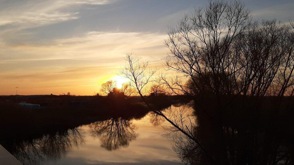 Sundown_an_der_Ilmenau